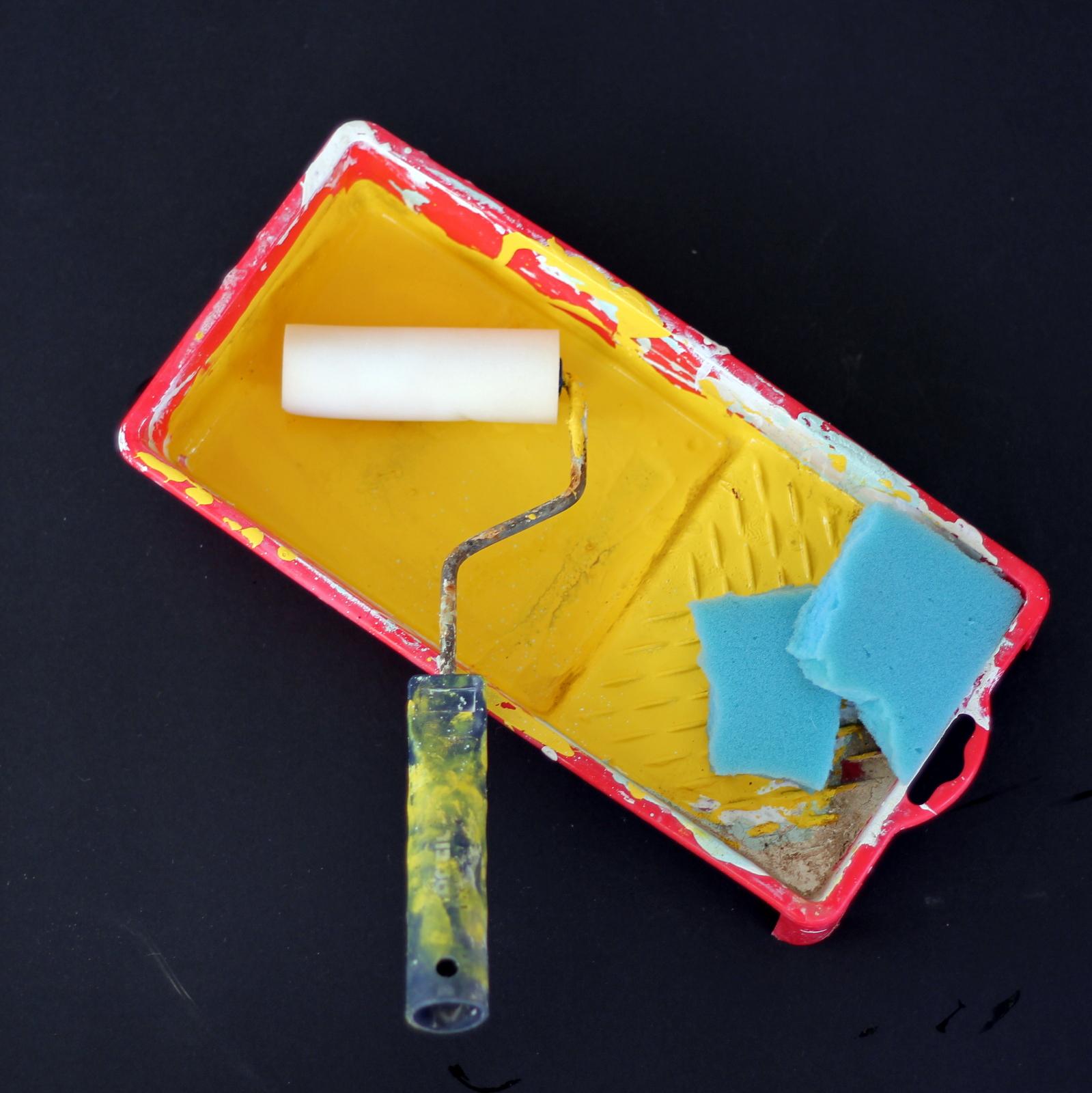 גלגלת צבע, ספוג וכלי לצבע - חובה בכל בית