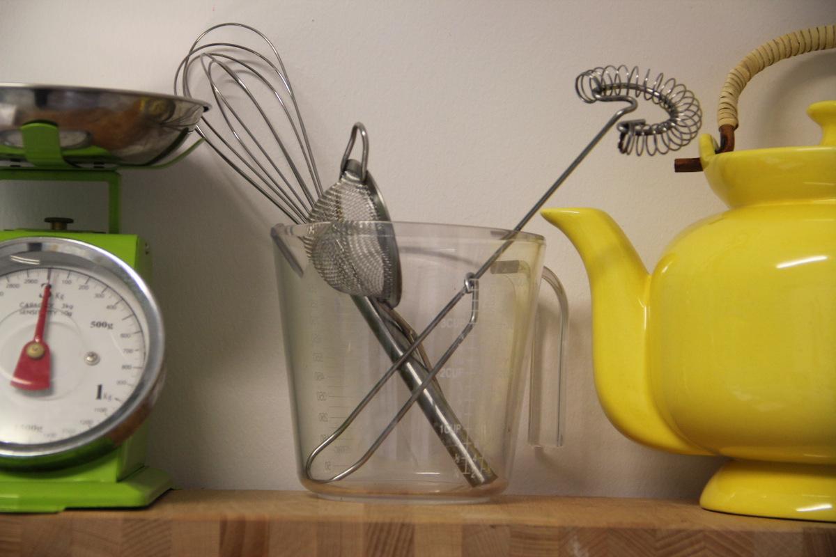 פרטים צבעוניים מתוך המטבח שלי