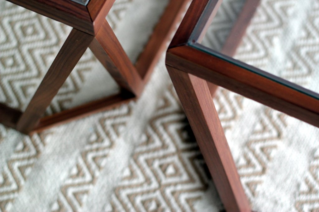 שולחן קפה טולמנ'ס צילום לירון גונן